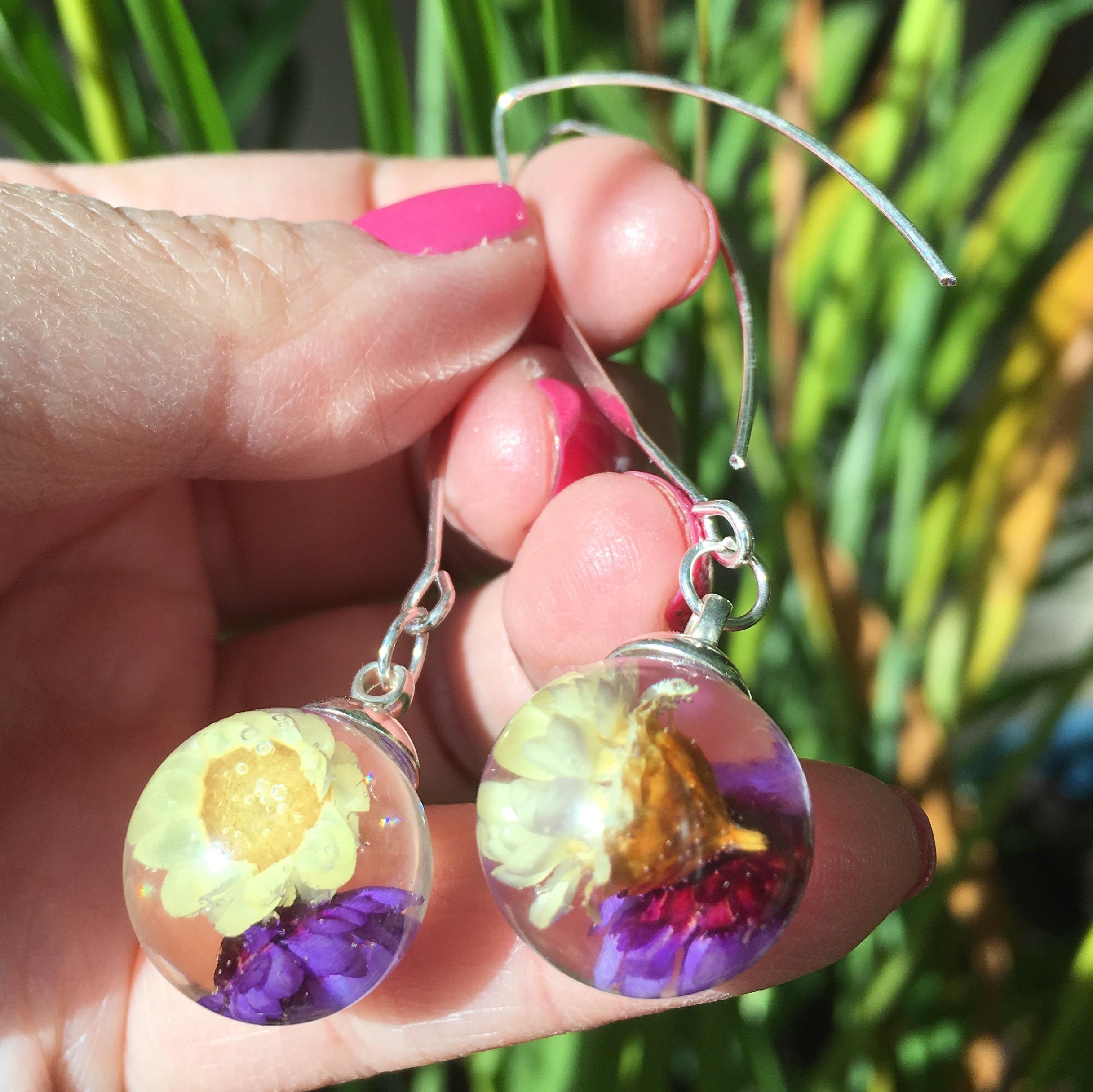 Purple White Daisy Flower Orb Drop Dangle Earrings